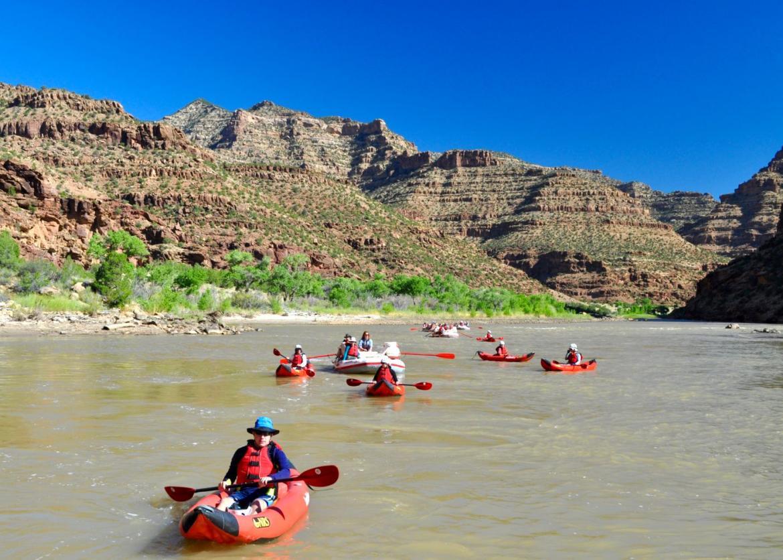 Green River Family Rafting Through Desolation And Gray Canyons Utah
